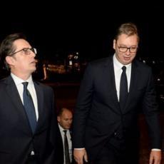 SVEČANA VEČERA U ČAST PENDAROVSKOG: Predsednik Vučić domaćin kolegi iz Severne Makedonije, potvrda sjajnih odnosa