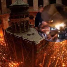 SVETO ČUDO U JERUSALIMU: Blagodatni oganj sišao u Hram Groba Gospodnjeg (FOTO/VIDEO)