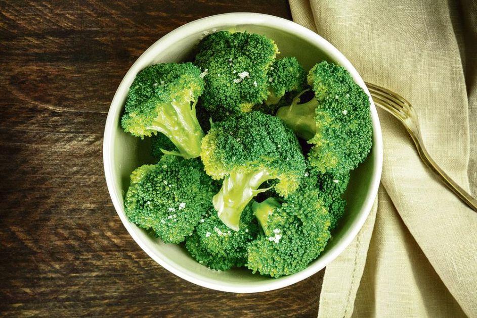 SVEŽE ILI TERMIČKI OBRAĐENO POVRĆE: Brokoli je zdraviji sirov, a šargarepa i paradajz KUVANI!