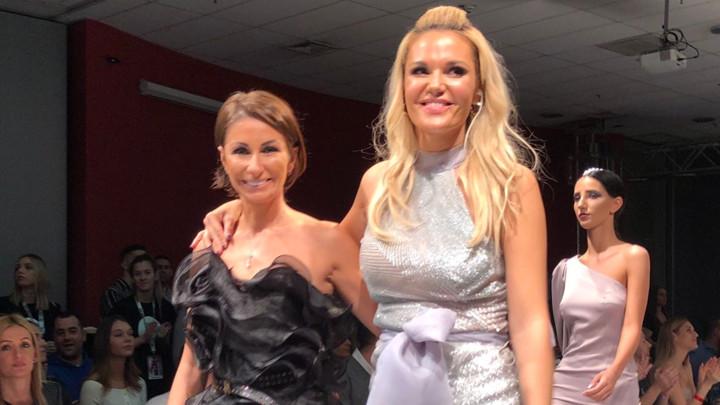 SVOJIM KREACIJAMA OSVOJILA JE SVET! Suzana Perić oduševila poznate dame, evo ko je sve uživao u njenoj glamuroznoj reviji!(VIDEO)