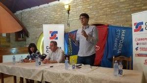 SZS: Vučić kupuje vreme kako bi pokušao da razjedini opoziciju