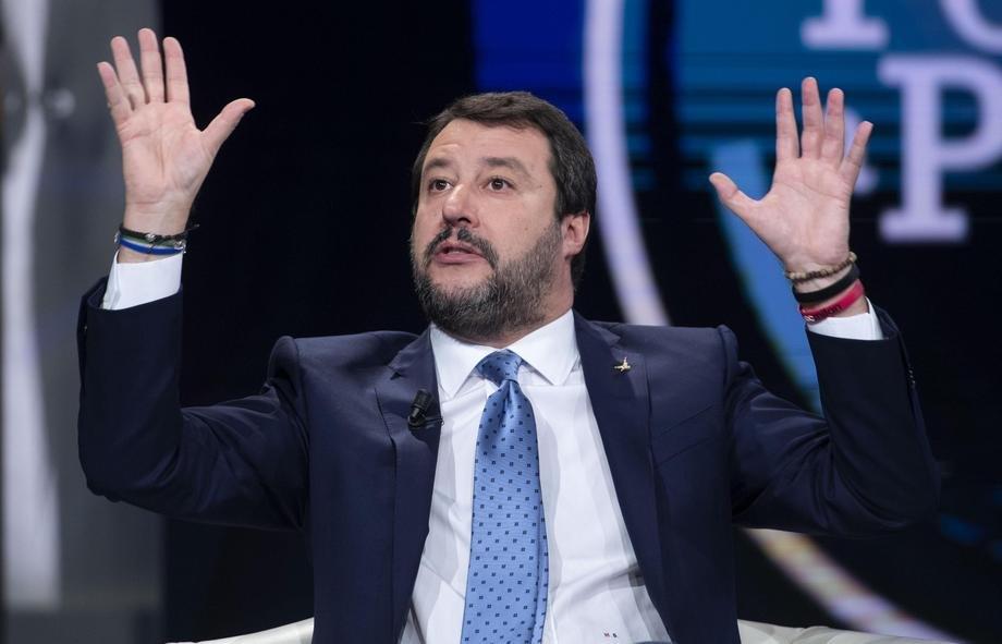 Salvini na interfonu tunižanske porodice: Da li je vaš sin diler?