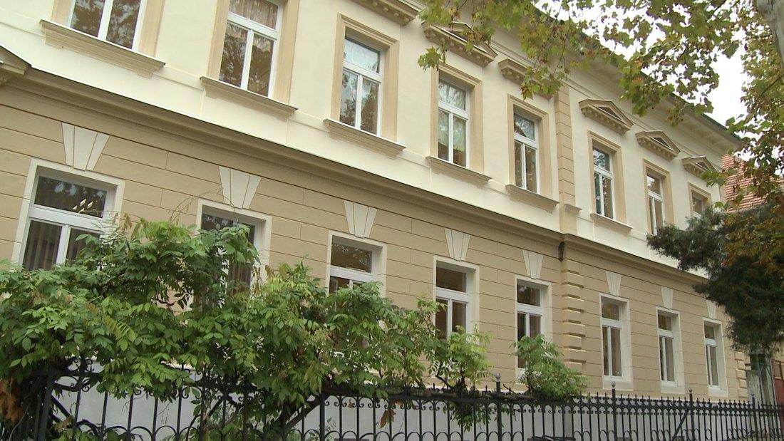 Sanira se kompletna fasada OŠ Dositej Obradović u Beloj Crkvi