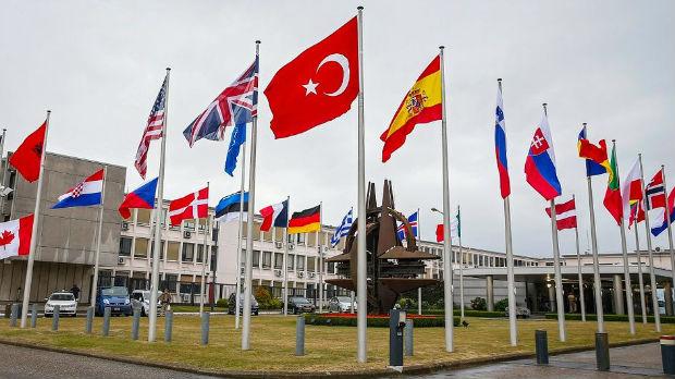 Saradnja sa Rusijom nije kontradiktorna saradnji sa NATO-om