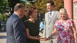 Šarčević i generalna direktorka Uneska posetili Devetu gimnaziju