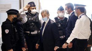 Sarkozi na suđenju zbog finansiranja predsedničke kampanje negira krivicu