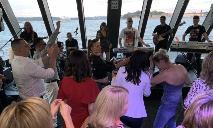 Saša Matić završio turneju krstarenjem oko Sidneja: Pevaćemo opet zajedno