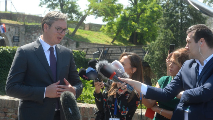 Sastanak Beograda i Prištine u organizaciji francuskog predsednika na jesen, Vučić poručio: Zalagaću se za stvarni kompromis, a ne za predaju i odustajanje (FOTO)