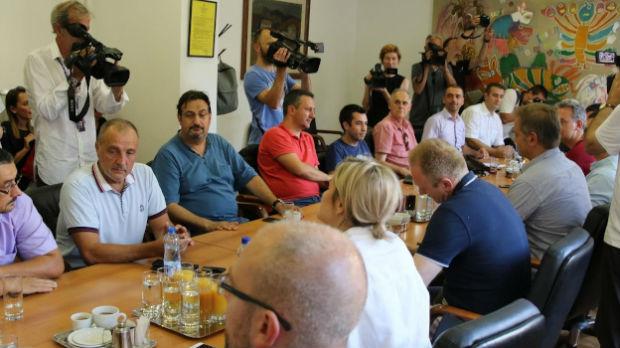 Sastanak dela opozicije – još bez dogovora o bojkotu izbora