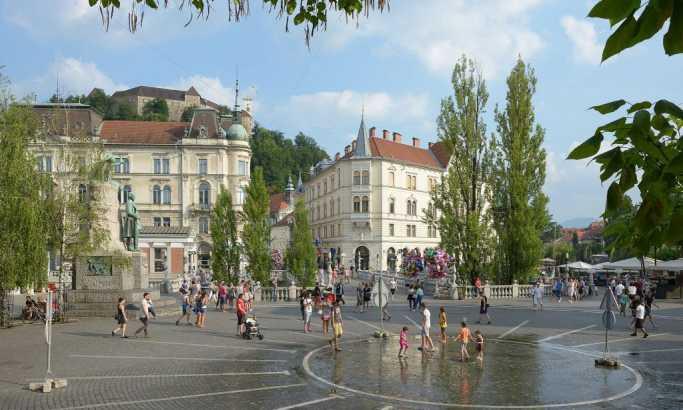Sastanak svetske vlade u senci u Ljubljani