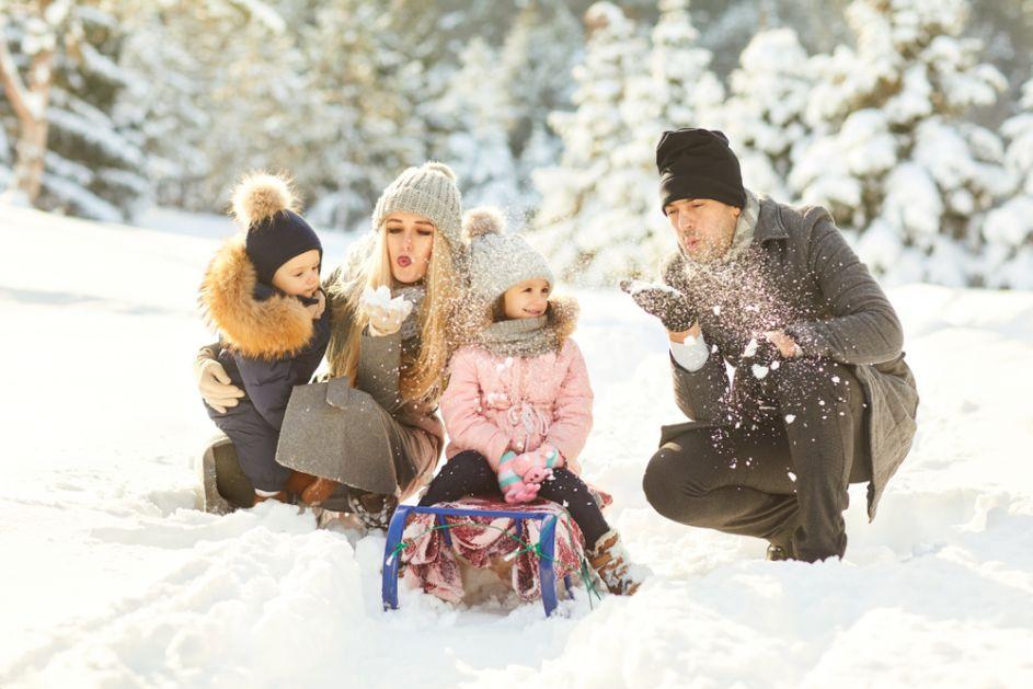 Savet psihologa za danas: Svi na sneg!