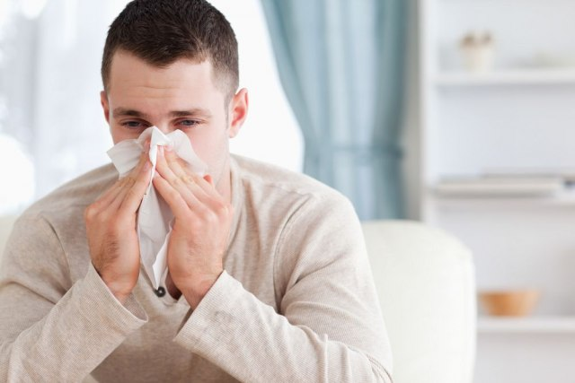 Saveti za borbu protiv gripa: Spavajte na hladnom i jedite crno voće