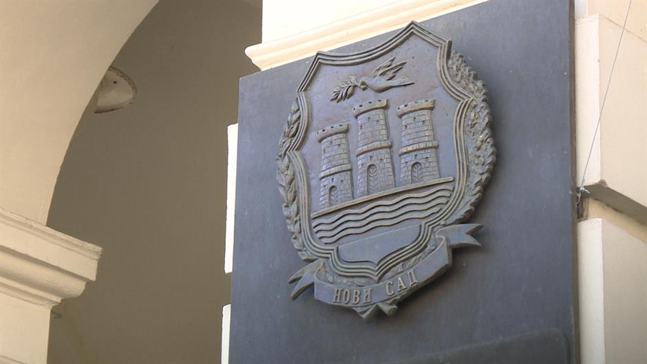 Sednica u Novom Sadu prekinuta zbog izjave odbornika POKS-a