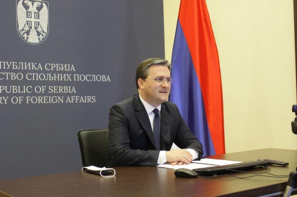Selaković: Srbija izložena pritiscima, cilj uklanjanje Vučića