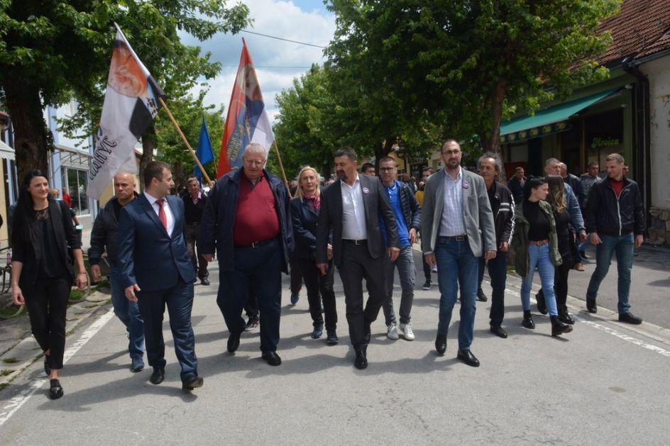Šešelj: Opozicija smo vladajućoj stranci, ne i Srbiji