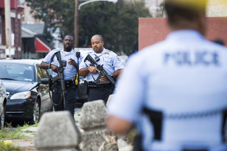 Šest policajaca ranjeno u Filadelfiji