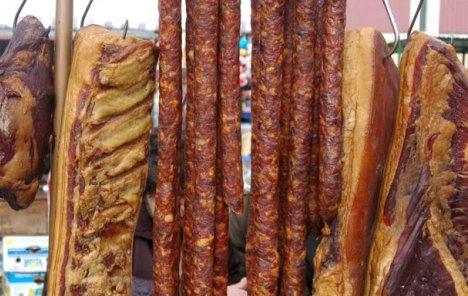 Šest slovenskih tvrtki povuklo meso s tržišta zbog sumnjivog porijekla