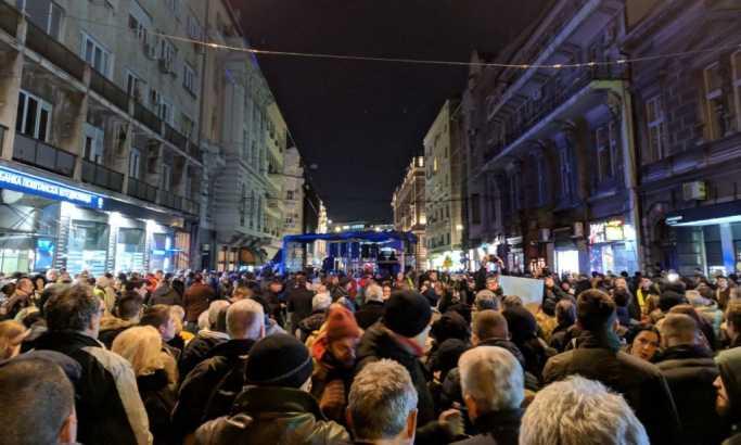 Šetnja za Olivera Ivanovića završena kod Hrama Svetog Save (FOTO,VIDEO)