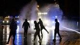 Severna Irska i nasilje: Probuđeni zli duh iz boce - povređeno više od 80 policajaca