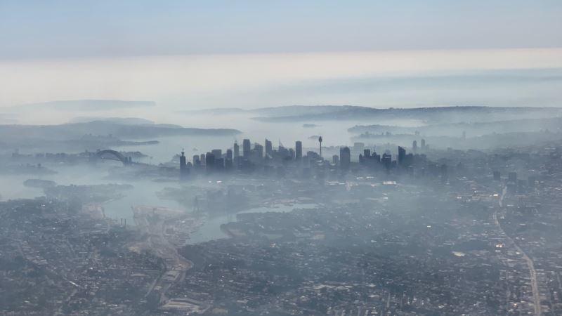 Sidnej pod oblakom dima od okolnih požara