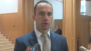 Simić: Haradinajeva ostavka još nije zvanična, izbori u septembru