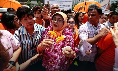 Singapur je dobio prvu ženu predsednicu, a narod je POBESNEO