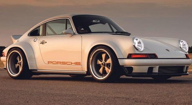 Singer Porsche 911 (964)