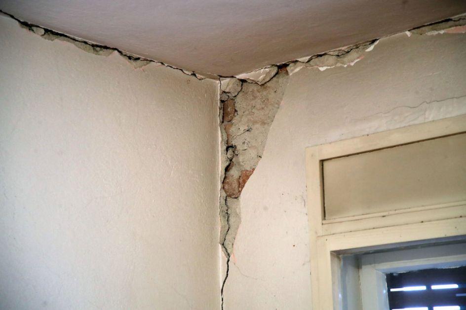 Sisak: Popravljao kuću, zid se obrušio i ubio ga