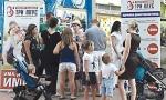 Sjajna vest za one sa troje i više dece: Uz karticu dobijaju popuste na komunalije, u prodavnicama, pozorištima...