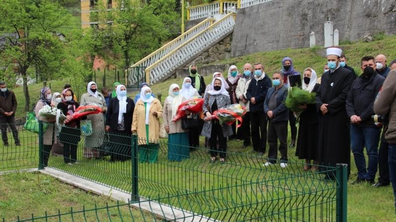 Sjećanje na prve civilne žrtve ubijene u Srebrenici 1992.