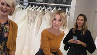Škicnite haljine u kojima će Danijela Martinović blistati u Lisinskom