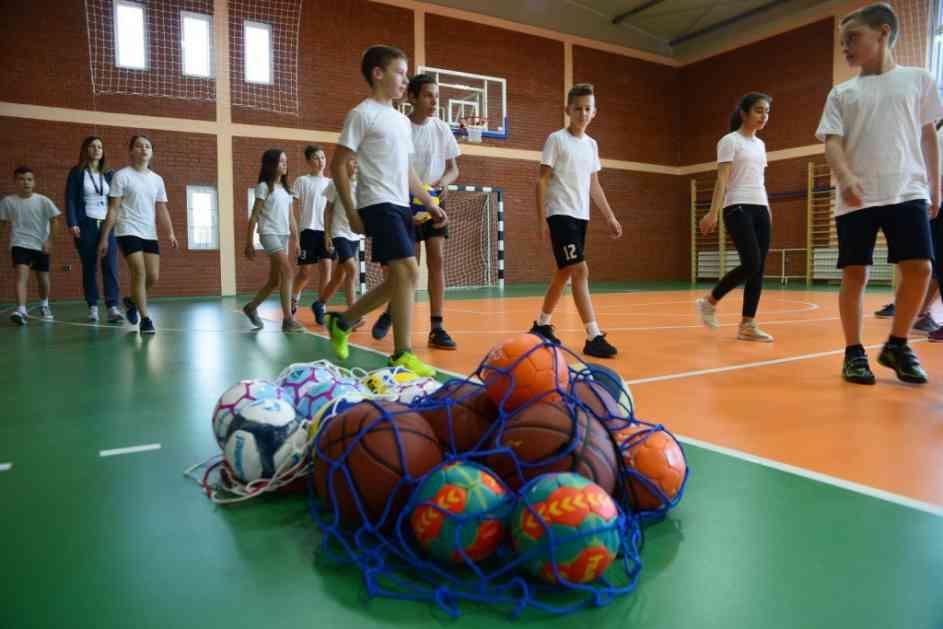 Škola u Gospođincima dobila salu i sportske terene