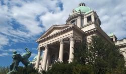 Skupština Srbije usvojila: Od 1. januara 2020. godine pretplata za javni medijski servis 255 dinara