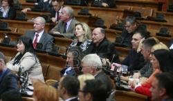 Skupština o Zakonu o bebama: Vladajuća većina kaže bolje zakon nego bezakonje, za ...