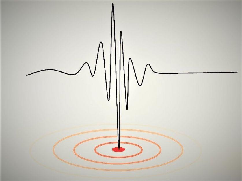 Slab zemljotres u Zagrebu
