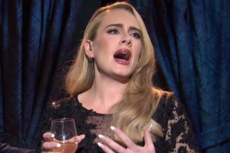 Slavna pevačica neprepoznatljiva, prvi put pokazala telo nakon gubitka kilograma