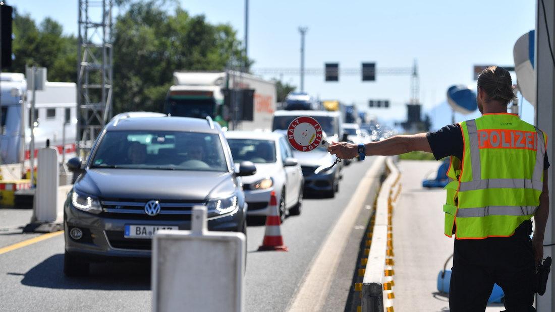 Sloboda putovanja u EU samo za kamione, putnici u kolonama