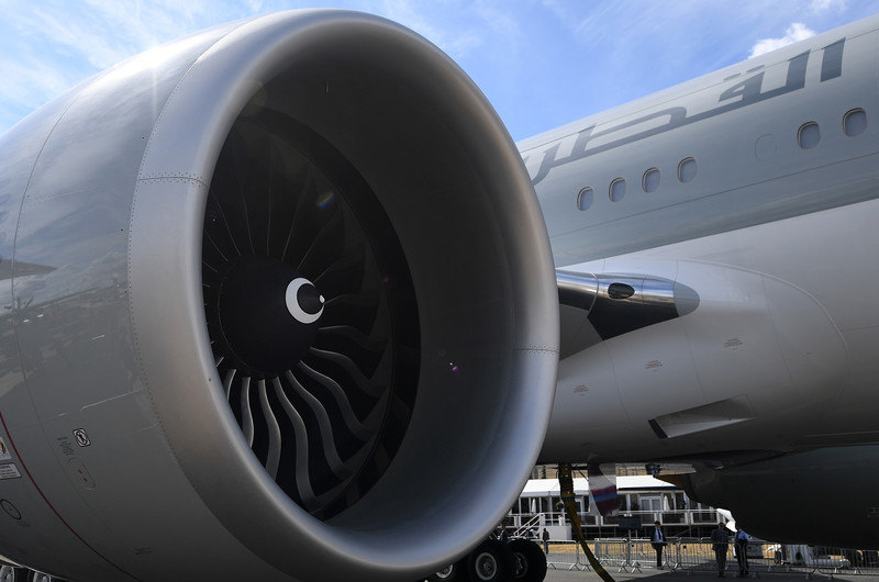 Slovenija: Avion morao da se vrati nakon udarca u pticu