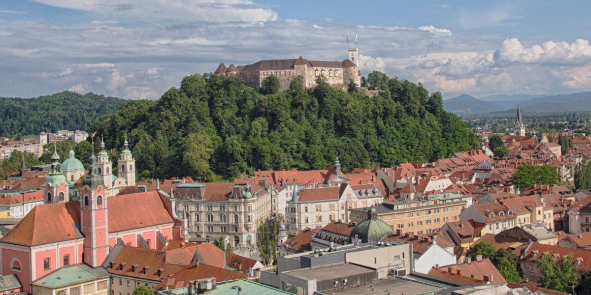 Slovenija: Danas zatvoreni trgovački centri, vrtići, studentski domovi