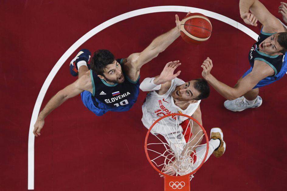 Slovenija srušila Španiju, u četvrtfinalu ide na Nemačku, SAD sa furijom