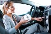 Slušanje muzike tokom vožnje smanjuje stres