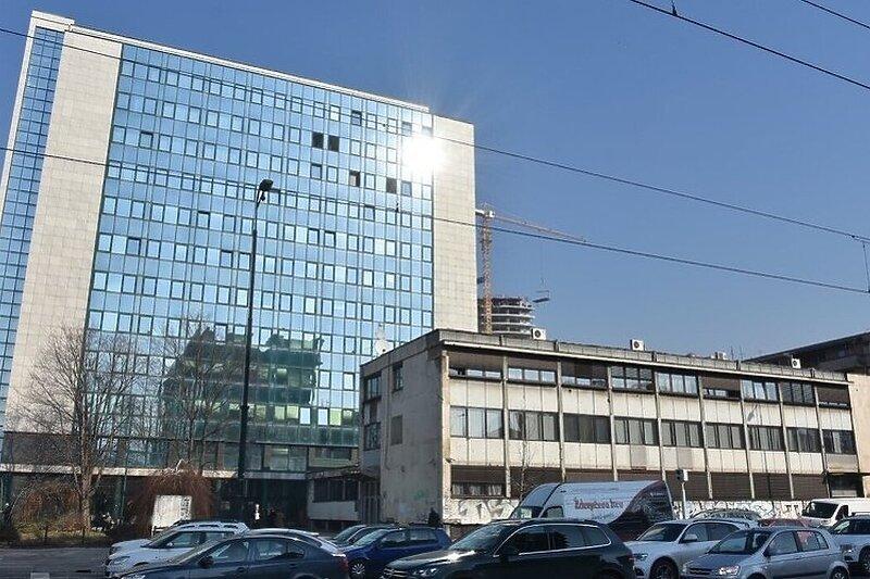 Smijenjen direktor ZZO Kantona Sarajevo Sakib Katana, za v. d. imenovana Samira Hajdarević