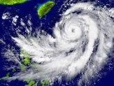 Snažan tajfun preti Filipinima, evakuisano 200.000 ljudi