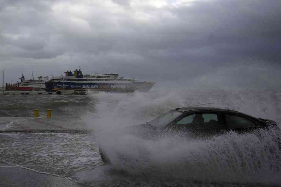 Snažan vetar pogodio Grčku, jug pogodio i zemljotres