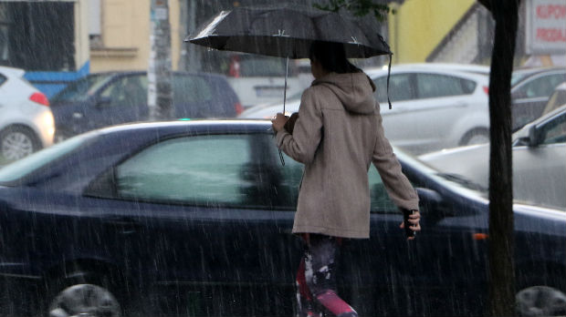 Snažno nevreme u Dalmaciji, temperatura pala za petnaest stepeni