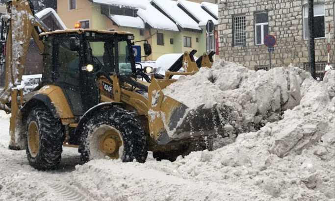Sneg odsekao sela od sveta