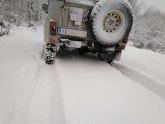 Sneg ponovo zavejao puteve, nestalo i struje FOTO