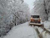 Snežna mećava napravila haos u Hrvatskoj; zatvoren saobraćaj, izdato i upozorenje