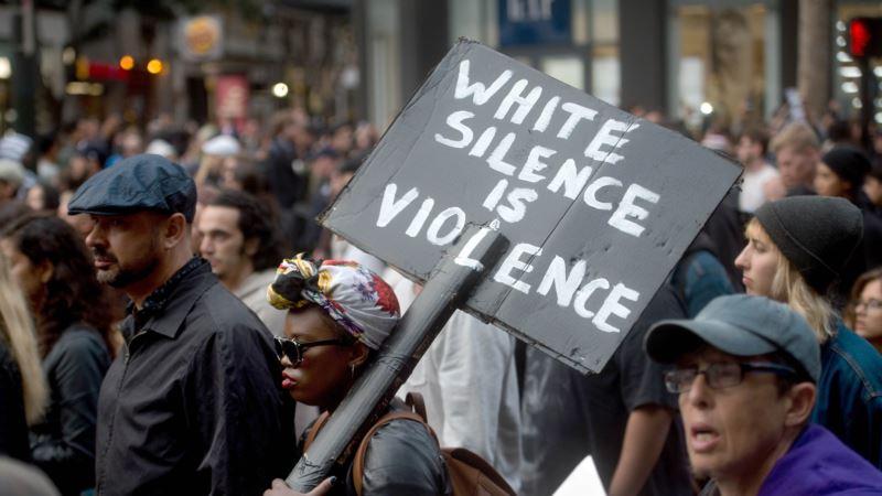 Snimci sa mobilnih telefona otkrivaju rasizam u Americi