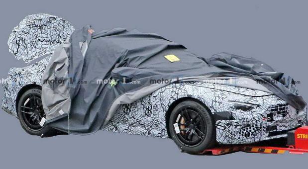 Snimljen novi Mercedes SL